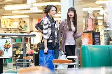 Get customers to your store with omnichannel retailing